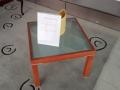 masuta Apostrophe 60x60 lemn cires sticla satinata