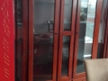 vitrina Altana 2 usi 161x49xh210 lemn nuc