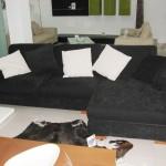 canapea di Met negru